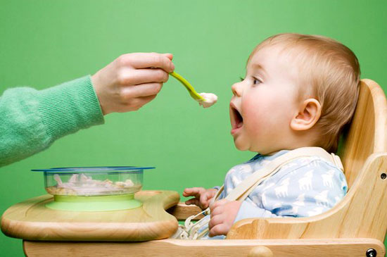 Ăn dặm - Những điều Mẹ cần biết để chủ động trong chăm sóc trẻ